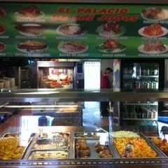 Photo taken at El Palacio De Los Jugos by Arya S. on 8/1/2013