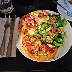 Photo taken at Kalendar Restaurant & Bistro by Shelby Z. on 4/23/2013