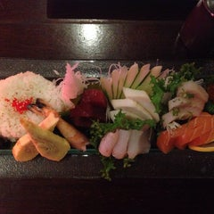 Photo taken at Wild Ginger by Pauline L. on 10/29/2014