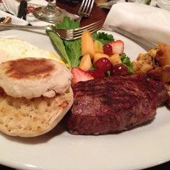 Photo taken at Joe's American Bar & Grill by Derrick G. on 11/17/2012