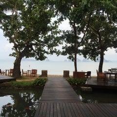 Photo taken at The Tubkaak Boutique Resort Krabi by Kunnine C. on 4/14/2016
