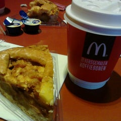 Photo taken at McDonald's by Amel B. on 10/30/2012