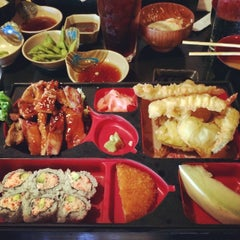 Photo taken at Sushi Avenue by AGST9X on 6/10/2014