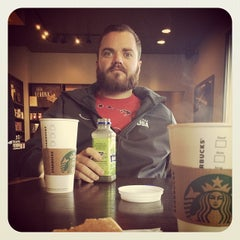Photo taken at Starbucks by Eric P. on 1/15/2014