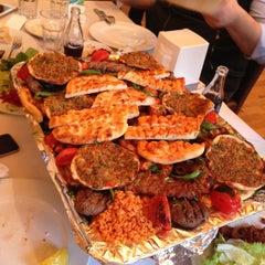 Photo taken at Berivan Et ve Kokoreç Lokantası by Ayça D. on 4/14/2013