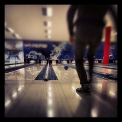 Photo taken at King Center - Go-Kart & Bowling by Gian Luca M. on 11/26/2012