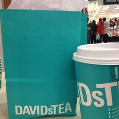 Photo taken at DAVIDsTEA by Nanna N. on 12/25/2012