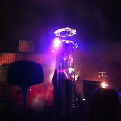Photo taken at Queen Mary's Dark Harbor by Aimee M. on 10/21/2012