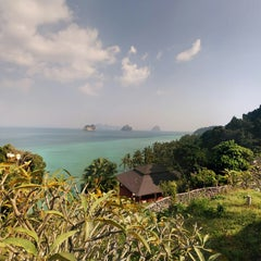 Photo taken at Koh Ngai Cliff Beach Resort by Laurent L. on 1/27/2015