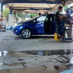 Photo taken at Analusia Car Wash by paan p. on 3/3/2014