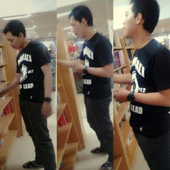 Photo taken at Gramedia by Ayumala P. on 1/18/2014
