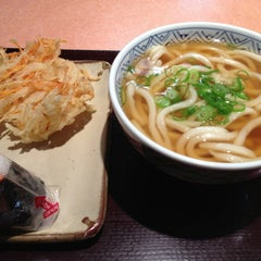 Photo taken at すなだ どんどん 箱崎T-CAT店 by Toshikazu H. on 10/29/2012