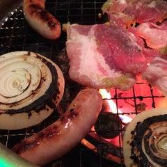 Photo taken at 焼肉屋 マルキ市場 三軒茶屋店 by tanukichi n. on 12/29/2014