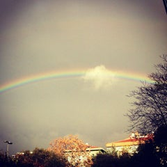 Photo taken at Güzel Sanatlar Fakültesi by Sırma on 11/23/2012