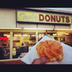 Photo taken at Tasty Donuts by Arti S. on 6/24/2013