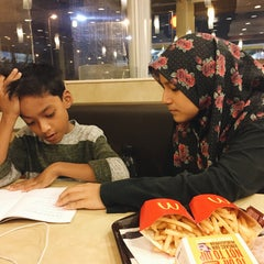 Photo taken at McDonald's by Aishah A. on 8/25/2015