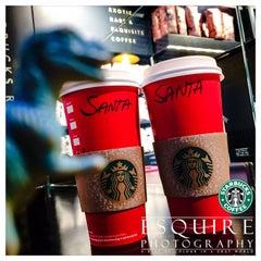 Photo taken at Starbucks by David E. on 11/12/2015