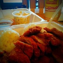 Photo taken at L&L Hawaiian BBQ by James S. on 9/22/2012
