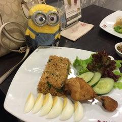 Photo taken at Black Canyon Coffee (แบล็คแคนยอนคอฟฟี่) by NNoonn P. on 7/13/2015