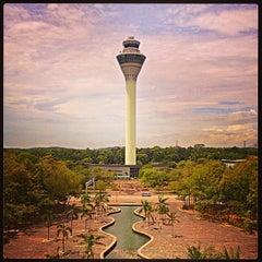 Photo taken at Kuala Lumpur International Airport (KUL) by Muhi C. on 10/14/2013