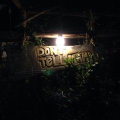 Foto tirada no(a) Don't Tell Mama por Jaime T. em 10/2/2013