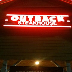 Photo taken at Outback Steakhouse by Jim Y. on 1/3/2013