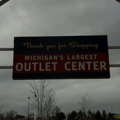 Photo taken at Great Lakes Crossing Outlets by Paul O. on 4/12/2013