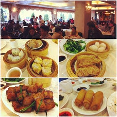 Photo taken at Bamboo Garden Restaurant by Cindy T. on 10/19/2013