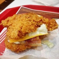 Photo taken at KFC / KFC Coffee by 4y 5. on 5/6/2014