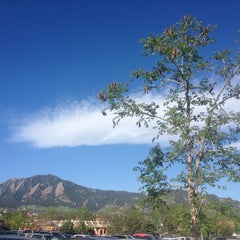 Photo taken at Bolder Boulder 10K Race by A Ross on 5/27/2013