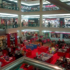 Photo taken at Mega Mall by Gerry R. on 5/7/2013