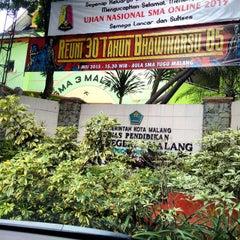Photo taken at SMA Negeri 4 Malang by Akbar P. on 4/25/2015