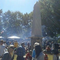 Photo taken at Historic Roswell Town Square by Vishi G. on 10/20/2012
