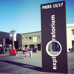 Photo taken at Exploratorium by Kris V. on 4/19/2013