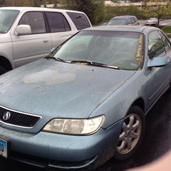 Photo taken at Acura Of Lynnwood by Kristin S. on 4/18/2014