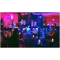 Photo taken at Bon Bon Pub by เชมอ๊ะ น. on 11/7/2014