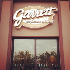 Photo taken at Garrett Popcorn Shops by Nagzah A. on 9/28/2012