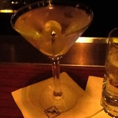 Photo taken at Fleming's Prime Steakhouse & Wine Bar by Iama P. on 2/22/2013