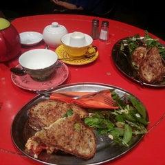 Photo taken at T2 Tea House by Caroline N. on 12/10/2012