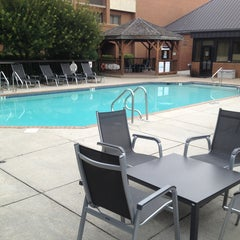 Photo taken at Comfort Suites Chesapeake by Olé K. on 8/15/2013