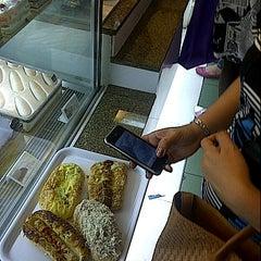 Photo taken at Bread Talk by Dorrie Martanto on 9/15/2012