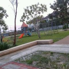 Photo taken at สนามเด็กเล่น สัมมากร-ราชพฤกษ์ by Jareak S. on 10/10/2012