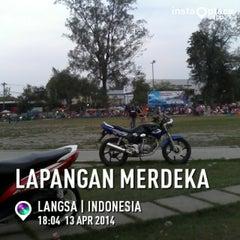 Photo taken at Lapangan Merdeka by Zha C. on 4/13/2014