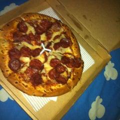 Photo taken at Pizza Hut by Kirkland S. on 6/1/2013