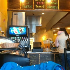 Photo taken at Picante! Fresh Mexican Grill by Vb B. on 2/24/2013