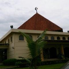 Photo taken at Masjid Sukajadi by Robi J. on 5/3/2013