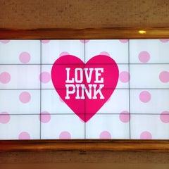 Photo taken at Victoria's Secret PINK by Osamu 隊. on 4/16/2013