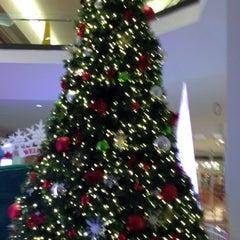 Photo taken at Quaker Bridge Mall by Sairam C. on 11/23/2012