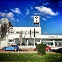 Photo taken at Burgocar - BMW / Mini by Oscar O. on 5/3/2013