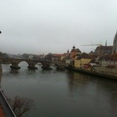 Das Foto wurde bei SORAT Insel-Hotel Regensburg von Ivan C. am 12/21/2013 aufgenommen